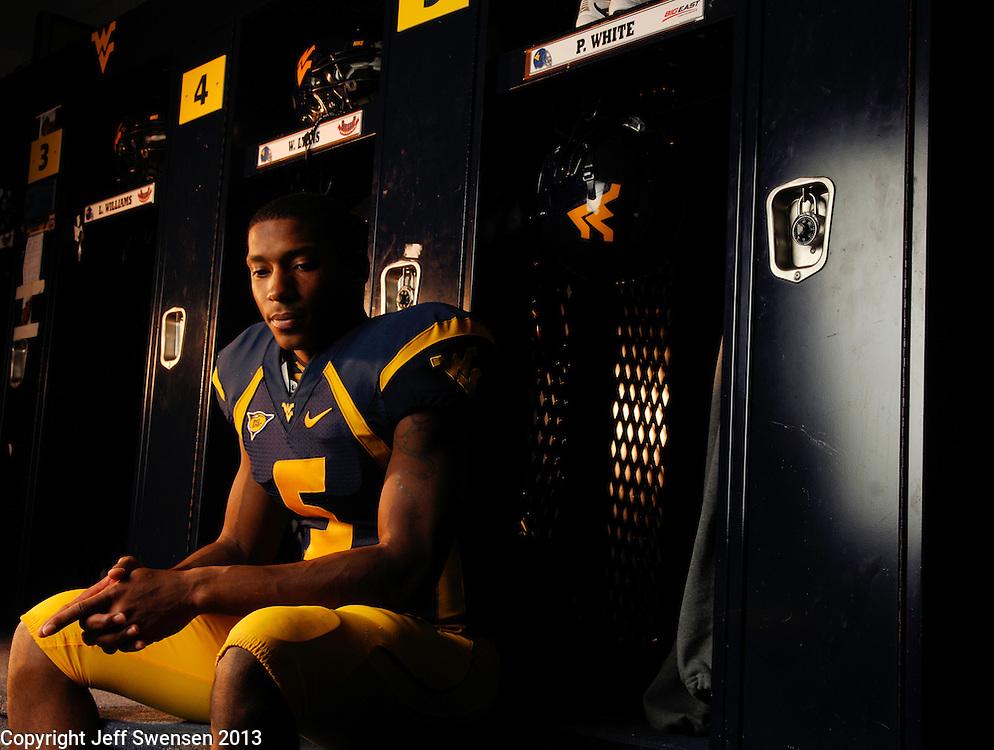 September 20-- Morgantown, WV, U.S.A<br />  West Virginia Quarterback Pat White.<br /> Photo by Jeff Swensen, Freelance