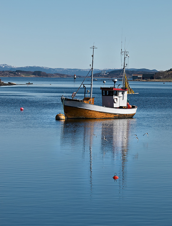 Norway - Boat in Vallersund
