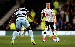 Thomas Ince of Derby County takes on Nedum Onuoha of Queens Park Rangers - Mandatory by-line: Robbie Stephenson/JMP - 31/03/2017 - FOOTBALL - iPro Stadium - Derby, England - Derby County v Queens Park Rangers - Sky Bet Championship