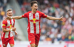 26.05.2019, Red Bull Arena, Salzburg, AUT, 1. FBL, FC Red Bull Salzburg vs SKN St. Poelten, Meistergruppe, 32. Spieltag, im Bild Torjubel Albert Vallci (FC Red Bull Salzburg) // during the tipico Bundesliga Championsgroup 32th round match between FC Red Bull Salzburg and SKN St. Poelten at the Red Bull Arena in Salzburg, Austria on 2019/05/26. EXPA Pictures © 2019, PhotoCredit: EXPA/ JFK