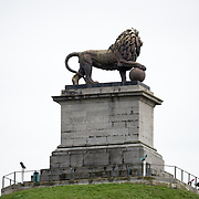 at the Lion's Mound (Butte du Lion), an artificial hill built on the battlefield of Waterloo to commemorate the location where William II of the Netherlands was injured during the battle. The hill is situated on a spot along the line where the Allied army under the Duke of Wellington's command took up positions during the Battle of Waterloo.