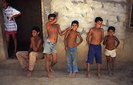 Pequeñas comunidades aún se dedican a la preparación artesanal del casabe. (Ramón Lepage / Orinoquiaphoto)  Small communities still devote to the handmade preparation of the casabe. (Ramón Lepage / Orinoquiaphoto)