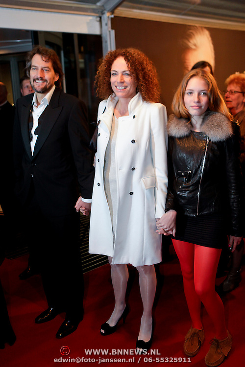NLD/Amsterdam/20111017 - Premiere De Heineken Ontvoering, Antoinette Beumer en dochter en partner Maik