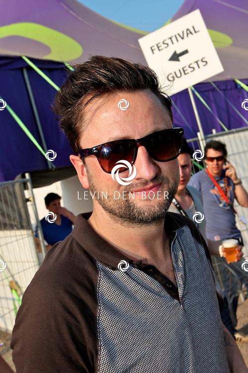 SCHIJNDEL - Dennis Weening is de presentator van Paaspop 2011. FOTO LEVIN DEN BOER - PERSFOTO.NU