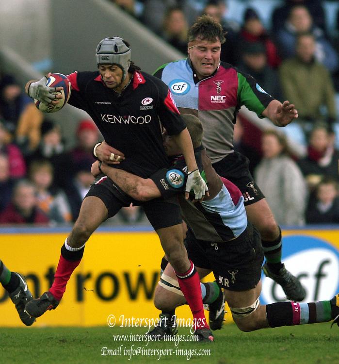 Photo. © Peter Spurrier/Intersport Images.07/02/2004 Zurich Premiership Rugby Quins v Saracens..Saracens Richard Haughton.