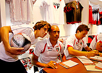 20091124: SAO PAULO, BRAZIL - Sao Paulo players sign autographs at Reebook store in Morumbi Stadium. In picture: Jorge Wagner (C) and Dagoberto (R). PHOTO: CITYFILES