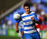 Shane Long (9) of Reading on the ball during the Npower Championship match between Reading and Barnsley on Saturday 25th September 2010 at the Madejski Stadium, Reading, UK. (Photo by Andrew Tobin/Focus Images)
