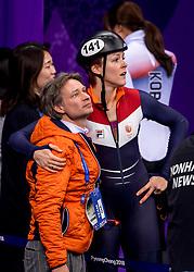 17-02-2018 KOR: Olympic Games day 8, PyeongChang<br /> 1500 m / Jorien ter Mors #141 of the Netherlands en coach Jeroen Otter