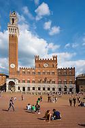 Europe, Italy, Tuscany, Toscana, Siena,Piazza del Campo, Palazzo Pubblico
