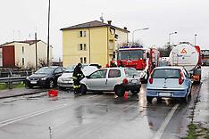 20130117 INCIDENTE TAMPONAMENTO TRA AUTO VIA ARGINONE