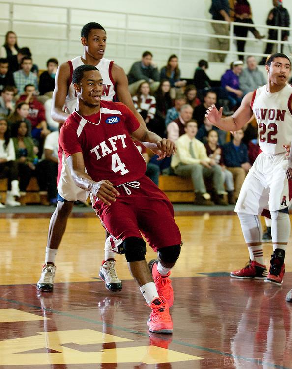 Taft School-February 8, 2014- Boys varsity basketball vs Avon. (Photo by Robert Falcetti)