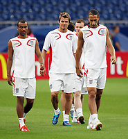 Photo: Chris Ratcliffe.<br />England Training Session. FIFA World Cup 2006. 30/06/2006.<br />Ashley Cole (L), David Beckham and Rio Ferdinand in training.