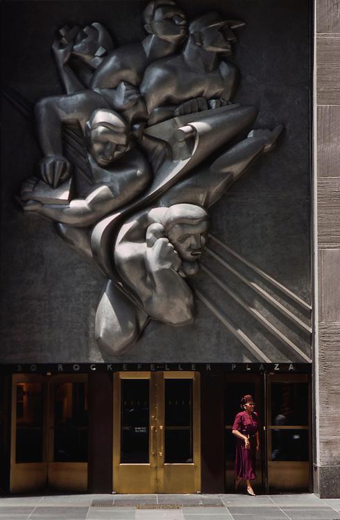 Rockefeller Plaza, New York City --- Image by © Jeremy Horner/CORBIS