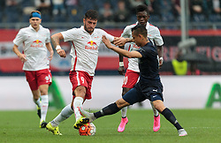 29.07.2015, Red Bull Arena, Salzburg, AUT, UEFA CL, FC Salzburg vs Malmoe FF, Qualifikation, 3. Runde, Hinspiel, im Bild v.l.: Marco Djuricin (FC Red Bull Salzburg), Yoshimar Yotun (Malmoe) // during the UEFA Championsleague Qualifier 3rd round, 1st Leg Match between FC Salzburg and Malmoe FF at the Red Bull Arena in Salzburg, Austria on 2015/07/29. EXPA Pictures © 2015, PhotoCredit: EXPA/ JFK