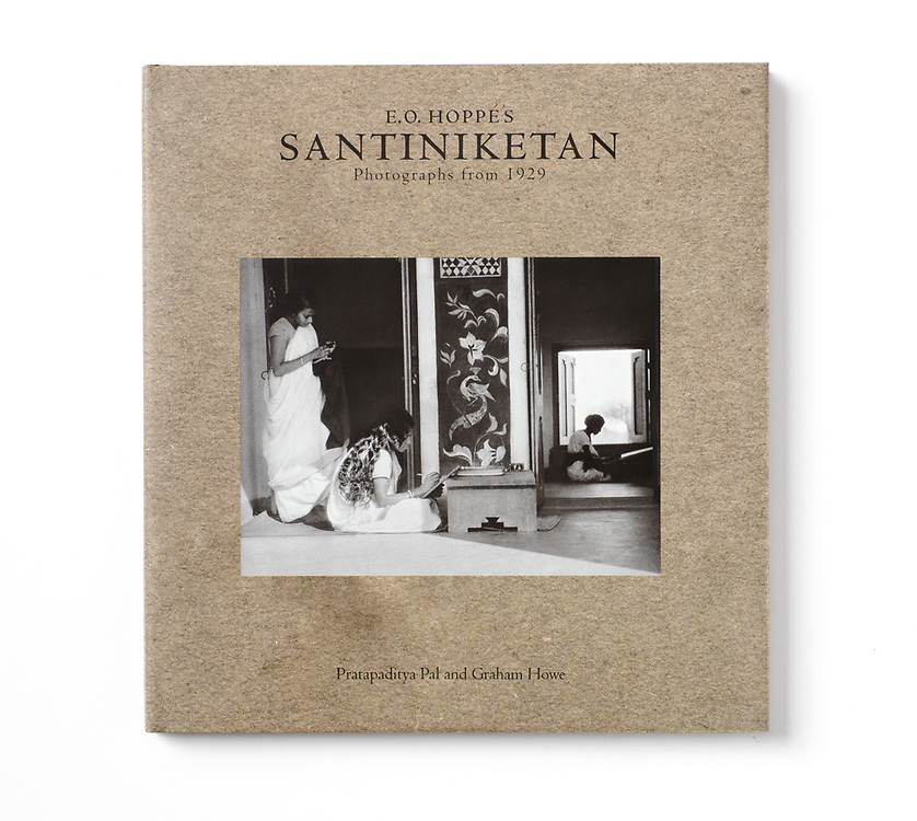 E.O. Hoppé's Santiniketan: Photographs from 1929. Radhika Sabavala for the Marg Foundation, Mumbai / Curatorial Assistance Inc., Pasadena. 2010<br />