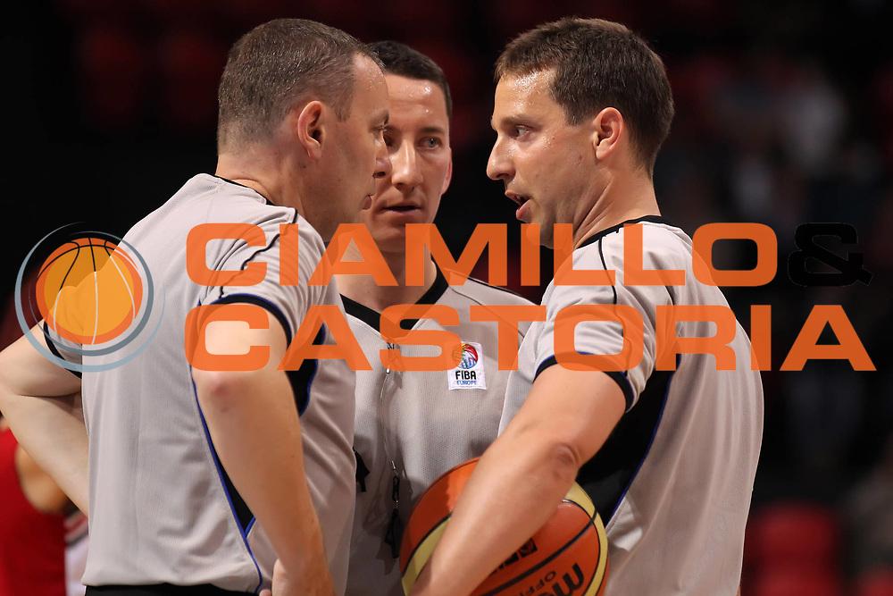 DESCRIZIONE : Ostenda Fiba Europe EuroChallenge Men Final Four 2011<br /> Semifinal Spartak Lokomotiv Kuban<br /> GIOCATORE : Fabio Facchini<br /> SQUADRA : Fiba Europe<br /> EVENTO : Fiba Europe EuroChallenge Final Four 2011<br /> GARA : Spartak Lokomotiv Kuban<br /> DATA : 29/04/2011<br /> CATEGORIA : arbitro referees<br /> SPORT : Pallacanestro <br /> AUTORE : Agenzia Ciamillo-Castoria/ElioCastoria<br /> Galleria : Fiba Europe EuroChallenge Final Four 2011<br /> Fotonotizia : Ostenda Fiba Europe EuroChallenge Men Final Four 2011<br /> Semifinal Spartak Lokomotiv Kuban<br /> Predefinita :