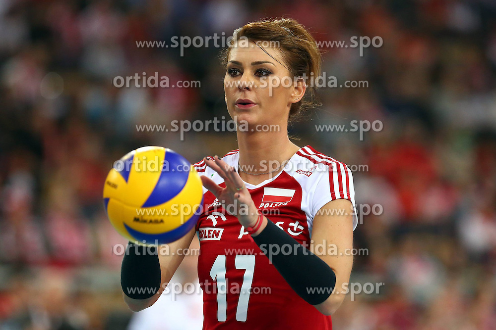 04.01.2014, Atlas Arena, Lotz, POL, FIVB, Damen WM Qualifikation, Polen vs Spanien, im Bild 17 KATARZYNA SKOWRONSKA DOLATA // 17 KATARZYNA SKOWRONSKA DOLATA during the ladies FIVB World Championship qualifying match between Poland and Spain at the Atlas Arena in Lotz, Poland on 2014/01/04. EXPA Pictures &copy; 2014, PhotoCredit: EXPA/ Newspix/ Jakub Piasecki<br /> <br /> *****ATTENTION - for AUT, SLO, CRO, SRB, BIH, MAZ, TUR, SUI, SWE only*****
