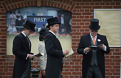 Punters queueing at Royal Ascot 2013 Ascot, United Kingdom,<br /> Thursday, 20th June 2013<br /> Picture by i-Images