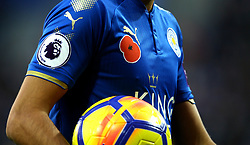 Leicester City wear poppies on their shirts in commemoration for Remembrance Day - Mandatory by-line: Robbie Stephenson/JMP - 29/10/2017 - FOOTBALL - King Power Stadium - Leicester, England - Leicester City v Everton - Premier League