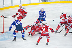 03.01.2015, Klagenfurter Wörthersee Stadion, Klagenfurt, AUT, EBEL, EC KAC vs EC VSV, 35. Runde, in picture Rene Swette (EC KAC, 30) with huge save during the Erste Bank Icehockey League 35. Round between EC KAC and EC VSV at the Klagenfurter Wörthersee Stadion, Klagenfurt, Austria on 2015/01/03. Photo by Matic Klansek Velej / Sportida