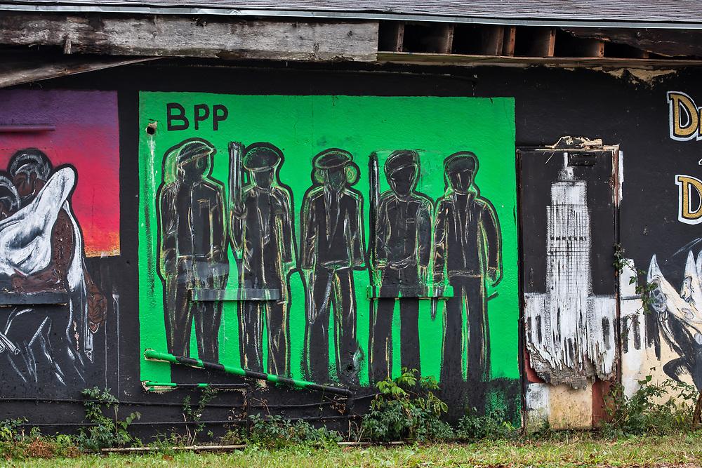 Mural in Baton Rouge .