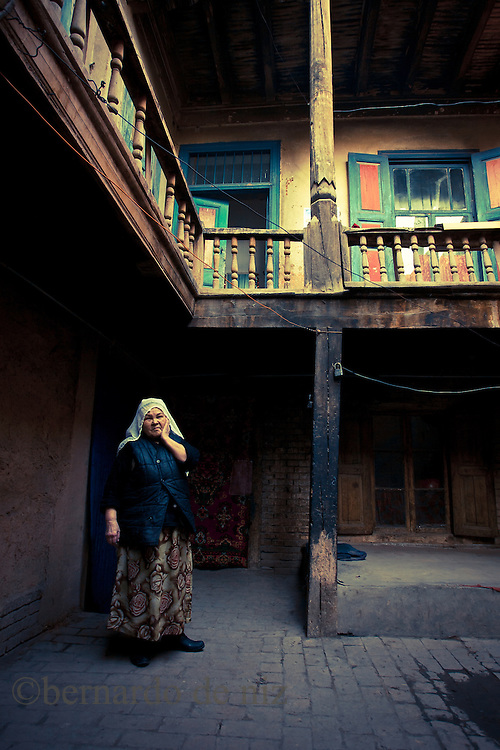 Uyghur women wait for visitors inside of a traditional house, February 27, 2017 in Kashgar, in the far western Xinjiang province, China. (Photos by: Bernardo De Niz