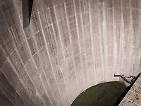 http://Duncan.co/glen-canyon-dam-2