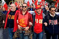 Roma, 14 Febbraio  2015<br /> Manifestazione di solidarietà con la Grecia di Alexis Tsipras e contro le politiche di austerity imposte dalla troika. Servizio d'ordine della Fiom<br /> Rome, February 14, 2015<br /> Demonstration of solidarity with Greece  of Alexis Tsipras and against austerity policies imposed by the Troika.