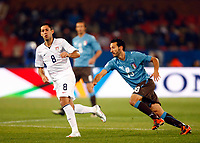 Gianluca Zambrotta of Italy and Milan Clint Dempsey of USA and Fulham FIFA Confederations Cup South Africa 2009 <br /> United States of America  v Italy at Loftus Versfeld  Stadium Tshwane/Pretoria South Africa<br /> 15/06/2009 Credit Colorsport / Kieran Galvin