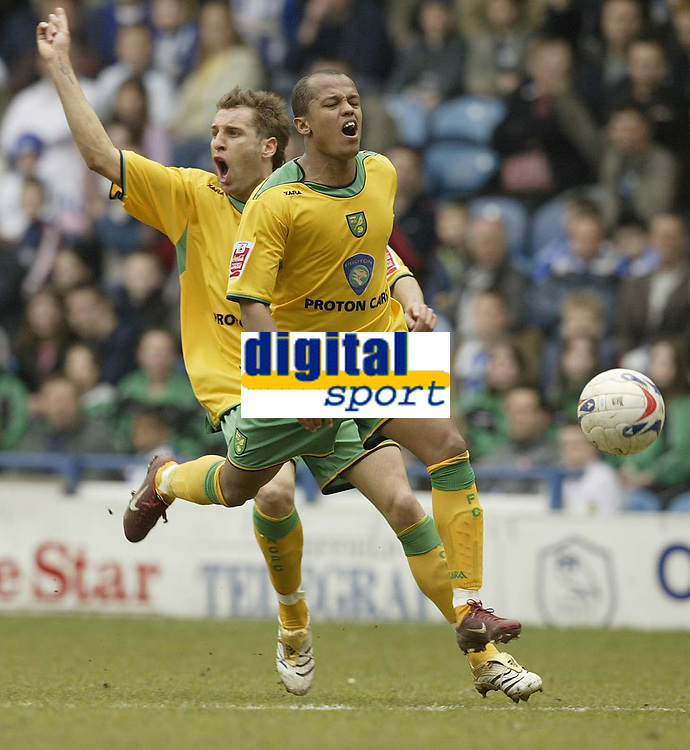 Photo: Aidan Ellis.<br /> Sheffield Wednesday v Norwich City. Coca Cola Championship. 15/04/2006.<br /> The Norwich attack of Robert Earnshaw and Darren Huckerby are caught offside again