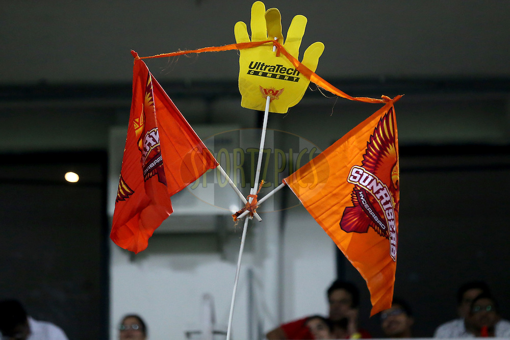 Sunrisers Hyderabad showing a placard  during match 42 of the Vivo IPL 2016 (Indian Premier League ) between the Sunrisers Hyderabad and the Delhi Daredevils held at the Rajiv Gandhi Intl. Cricket Stadium, Hyderabad on the 12th May 2016<br /> <br /> Photo by Faheem Hussain / IPL/ SPORTZPICS