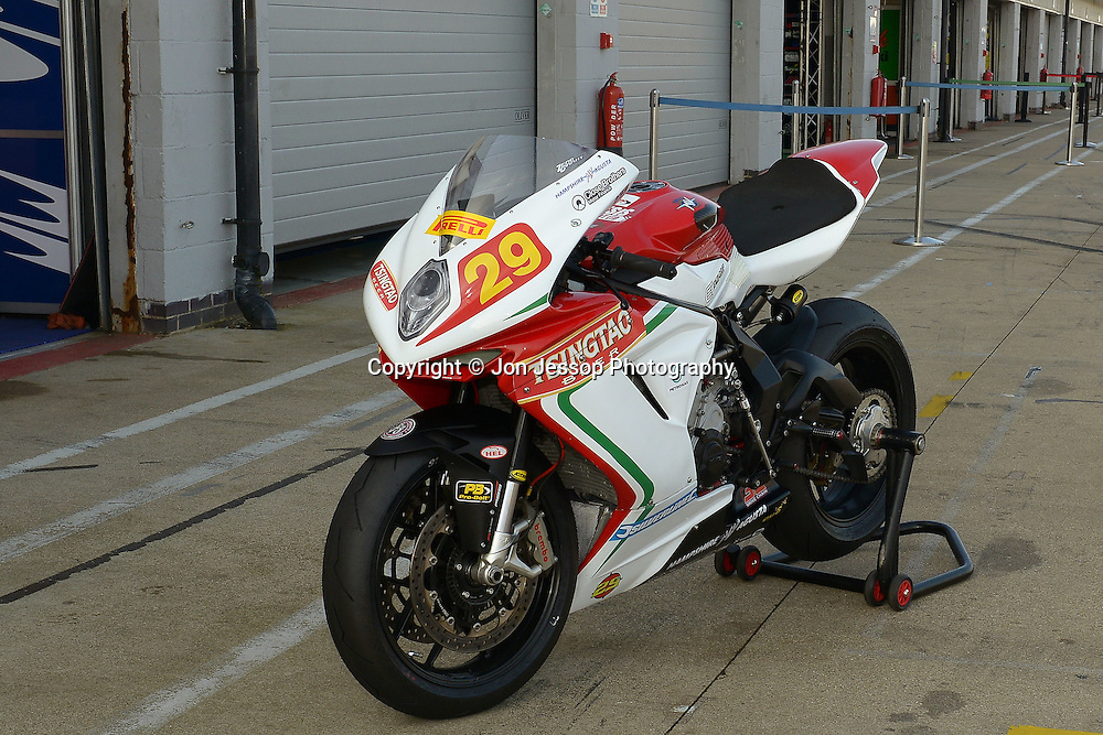 #29 Chris Threadgill Tsingtao Hampshire MV Augusta Pirelli National Superstock 600