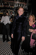 Eimear Montgomerie. Conservative fund raising dinner hosted  by Marco Pierre White and Franki Dettori at  Frankie's. Knightsbridge. 17 January 2004. ONE TIME USE ONLY - DO NOT ARCHIVE  © Copyright Photograph by Dafydd Jones 66 Stockwell Park Rd. London SW9 0DA Tel 020 7733 0108 www.dafjones.com