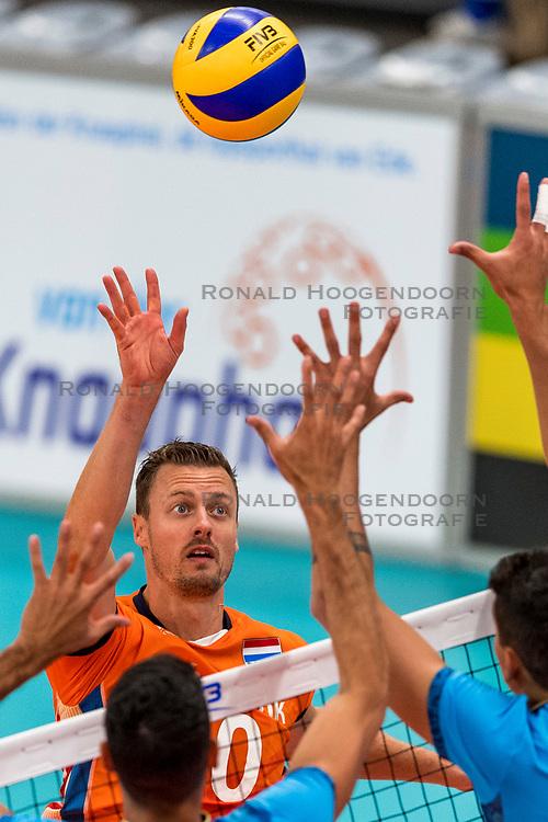 08-09-2018 NED: Netherlands - Argentina, Ede<br /> Second match of Gelderland Cup / Jeroen Rauwerdink #10 of Netherlands