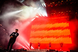 © Licensed to London News Pictures. 26/08/2017. Reading Festival 2017, Reading, UK. Major Lazer perform on the main stage. Walshy Fire pictured  Photo credit: Andy Sturmey/LNP