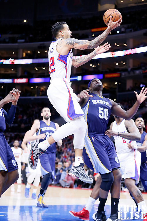 23 February 2015: Los Angeles Clippers forward Matt Barnes (22) goes for the layup past Memphis Grizzlies forward Zach Randolph (50) during the Memphis Grizzlies 90-87 victory over the Los Angeles Clippers, at the Staples Center, Los Angeles, California, USA.