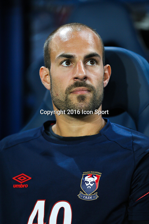 Mathieu Dreyer of Caen during the Ligue 1 match between SM Caen and Paris Saint Germain at Stade Michel D'Ornano on September 16, 2016 in Caen, France. (Photo by Vincent Michel/Icon Sport)