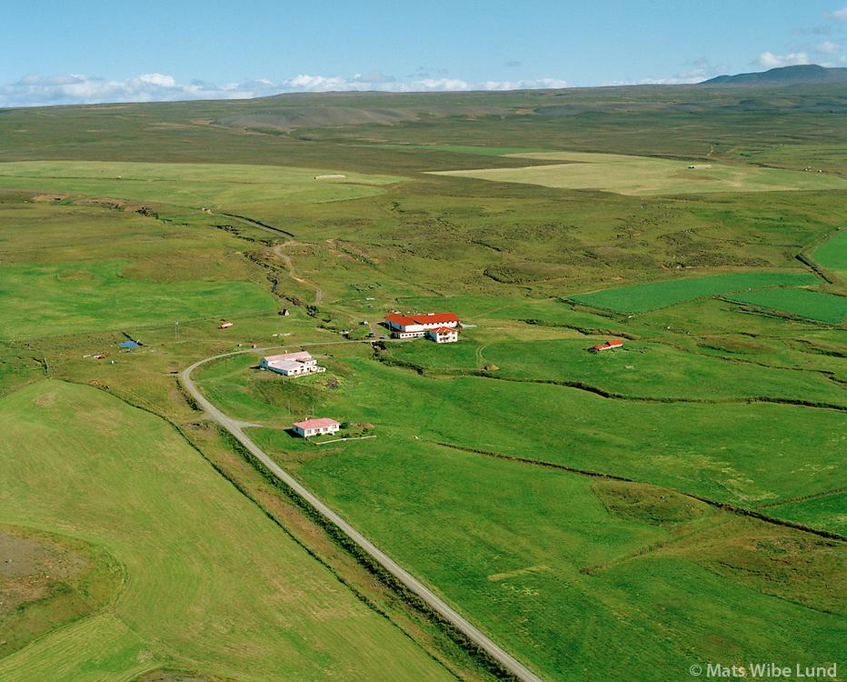 Skörð og Skarðaborg (og Maríugerði - eyðibýli fyrir ofan), Norðurþing áður Reykjahreppur / Skord and Skardaborg (and Mariugerdi deserted farmsite in background). Nordurthing former Reykjahreppur