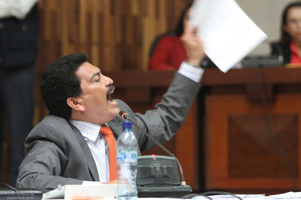 """Francisco García Gudiel, defense lawyer, goes berserk in the courtroom and declares: """"What you are doing here is illegal. It is a shame that you [Judge Barrios] contributes to the impunity in this country. I will not rest until I see you in jail!"""" Rios Montt genocide trial. Guatemala City, Guatemala. May 08, 2013."""