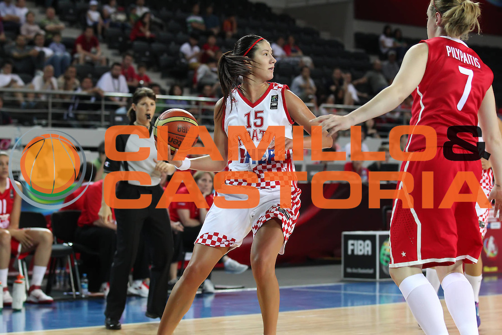 DESCRIZIONE : Ankara Turkey FIBA Olympic Qualifying Tournament for Women 2012 Croatia Canada Croazia Canada<br /> GIOCATORE :  Emanuela SALOPEK<br /> SQUADRA : Croatia Croazia<br /> EVENTO :  FIBA Olympic Qualifying Tournament for Women 2012<br /> GARA : Croatia Canada Croazia Canada<br /> DATA : 29/06/2012<br /> CATEGORIA : <br /> SPORT : Pallacanestro <br /> AUTORE : Agenzia Ciamillo-Castoria/ElioCastoria<br /> Galleria : FIBA Olympic Qualifying Tournament for Women 2012<br /> Fotonotizia : Ankara Turkey FIBA Olympic Qualifying Tournament for Women 2012 Croatia Canada Croazia Canada<br /> Predefinita :