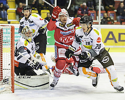 20.11.2016, Stadthalle, Klagenfurt, AUT, EBEL, EC KAC vs Dornbirner Eishockey Club, 21. Runde Grunddurchgang, im Bild Florian Hardy (Dornbirner Eishockey Club, #49), Nick Crawford (Dornbirner Eishockey Club, #4), Jamie Lundmark (EC KAC, #74), Brian Conally (Dornbirner Eishockey Club, #20) // during the Erste Bank Eishockey League 21st match at preliminary round betweeen EC KAC vs Dornbirner Eishockey Club at the City Hall in Klagenfurt, Austria on 2016/11/20. EXPA Pictures © 2016, PhotoCredit: EXPA/ Gert Steinthaler