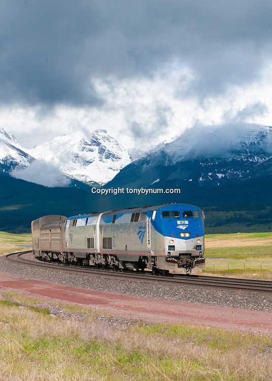 amtrak train empire builder glacier national park