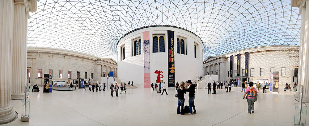 Panoramic shot of the interior of the great hall of the British Museum