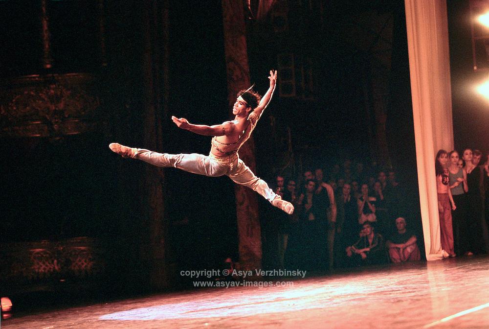 Carlos Acosta in Le Corsaire. Royal Ballet tour, Bolshoi Gala, Bolshoi Theatre, Russia