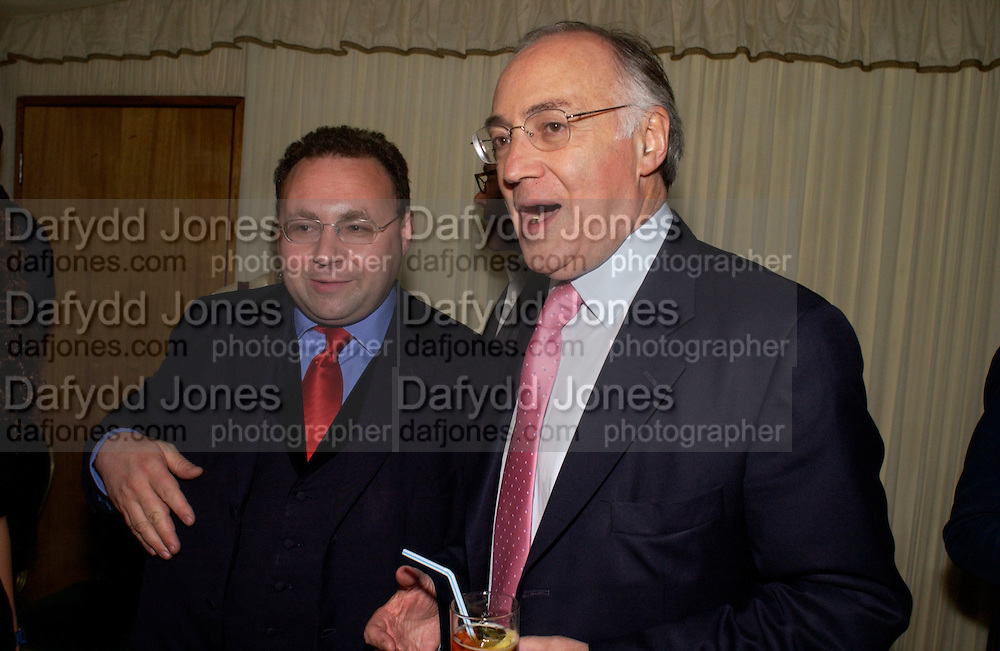 Jonathan Shalit and Michael Howard, Conservative Party Chairmen's Summer reception, House of Commons Terace, 7 July 2004. SUPPLIED FOR ONE-TIME USE ONLY-DO NOT ARCHIVE. © Copyright Photograph by Dafydd Jones 66 Stockwell Park Rd. London SW9 0DA Tel 020 7733 0108 www.dafjones.com