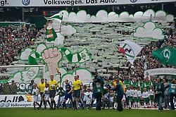 08.05.2010, Weser Stadion, Bremen, GER, 1.FBL, Werder Bremen vs Hamburger SV im Bild  Einmarsch beim Derby vor der Ostkurve   EXPA Pictures © 2010, PhotoCredit: EXPA/ nph/  Kokenge / SPORTIDA PHOTO AGENCY
