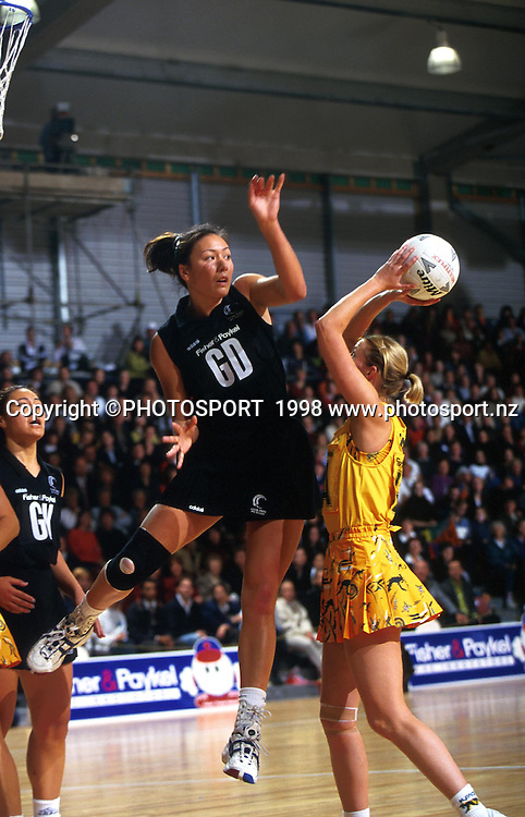 Bernice Mene, New Zealand Silver Ferns v Australia, international netball, Commonwealth Games, Kuala Lumpur, 1998. Photo: PHOTOSPORT