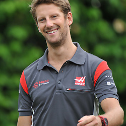 Romain Grosjean, Haas F1 Team.<br /> Day 3 of the 2017 Formula 1 Singapore airlines, Singapore Grand Prix, held at The Marina Bay street circuit, Singapore on the 16th September 2017.<br /> Wayne Neal | SportPix.org.uk