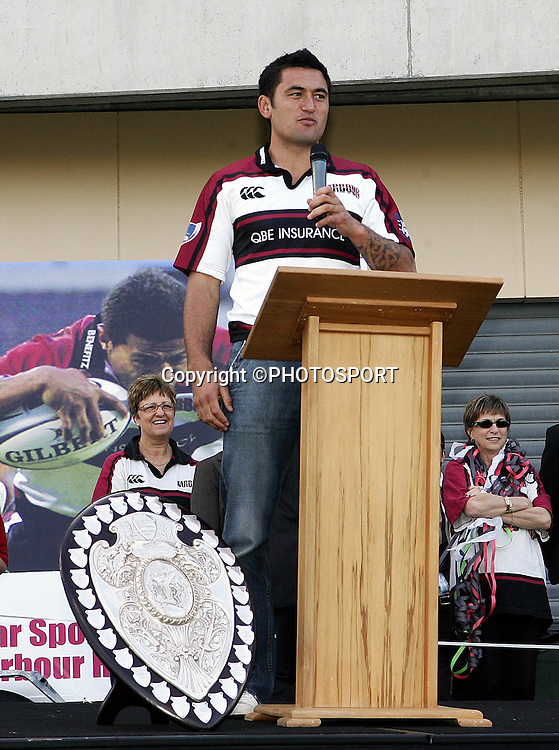 Harbour captain Rua Tipoki speaks during the street parade for the North Habour Air NZ Cup team who won the Ranfurly Shield last weekend, at North Harbour Stadium, Albany, on Thursday 28 September 2006. Photo: Tim Hales/PHOTOSPORT