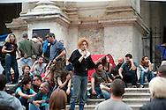 Roma 13 Ottobre 2011.Indignati presidiano e si accampano in via Nazionale nei pressi di palazzo Koch sede di Bankitalia.secondo giorno sulla scalinata del Palazzo delle Esposizioni . L' assemblea